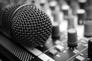 Microphone-2-325x215